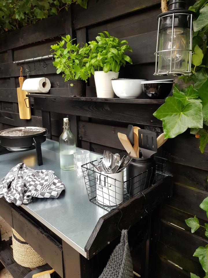 Simpele DIY buitenkeuken